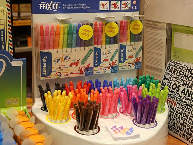 Grosse Auswahl an Schreibgeräten - Fasermaler